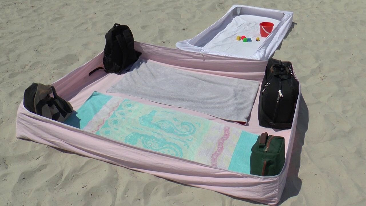 fitted beach blanket